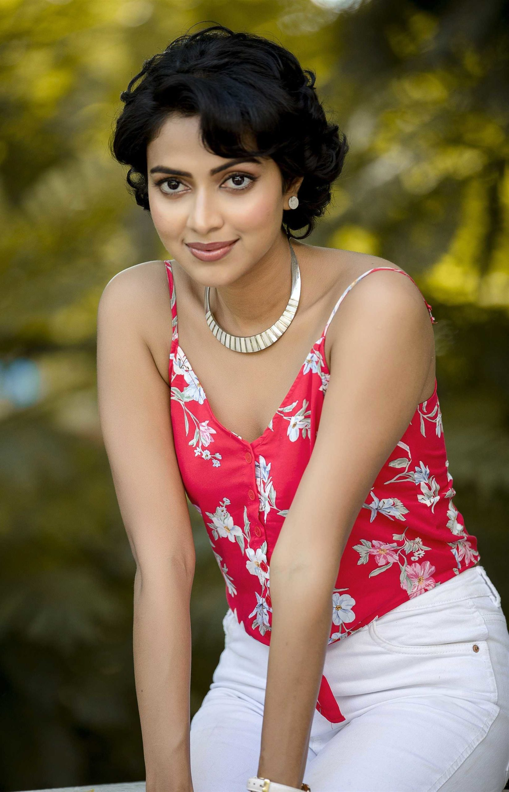 Amala Paul Latest Photos - Telugu Actress Gallery