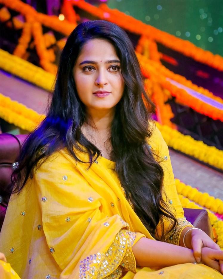 Images: Latest photos of telugu actress Anushka Shetty