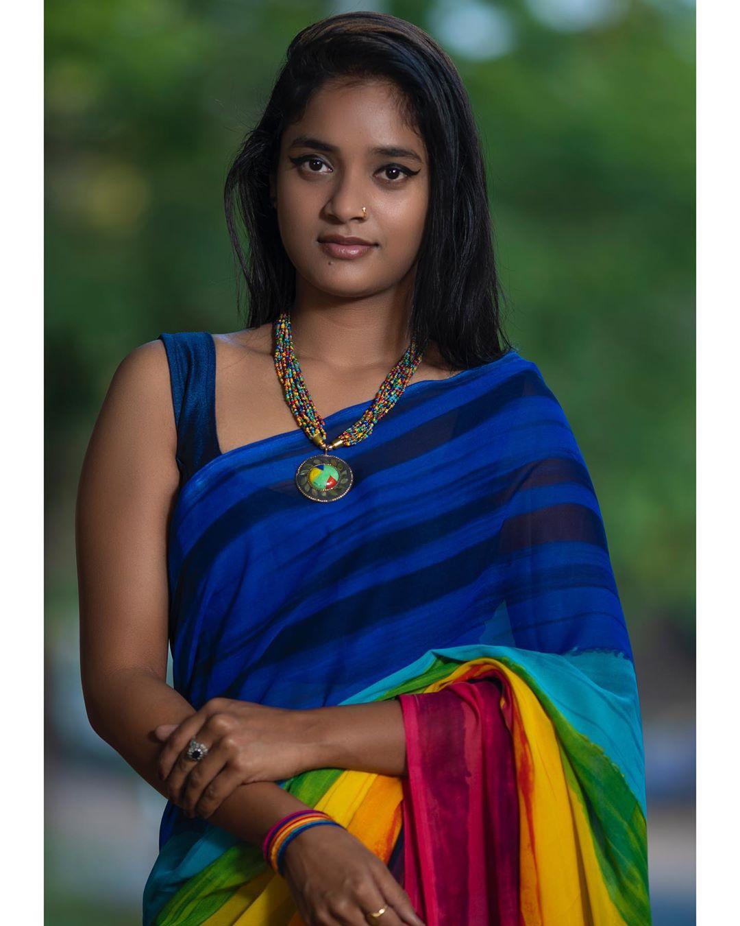 Actress Soumya Shetty In Saree Hot And Sexy Photos Telugu Actress Gallery