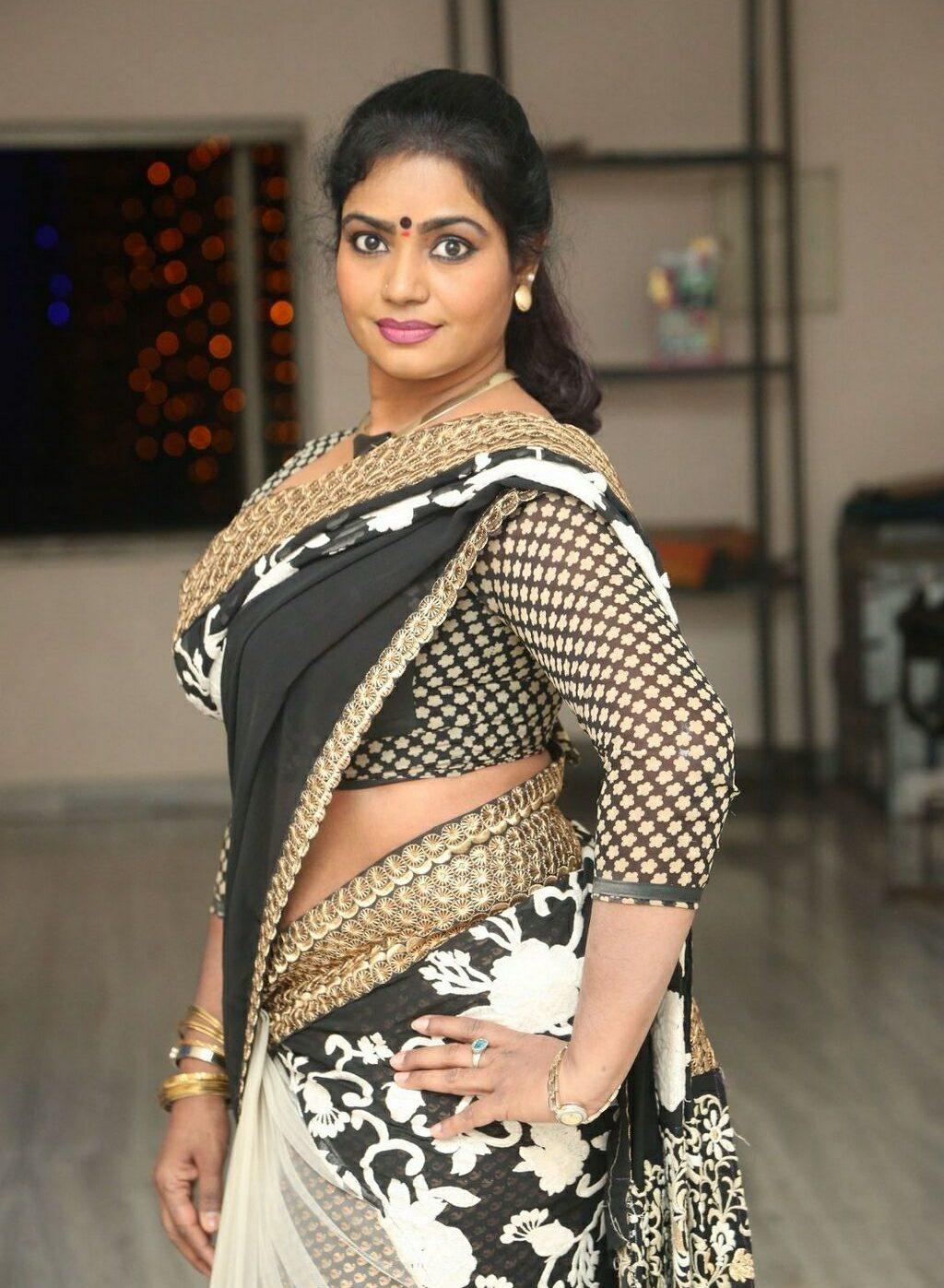 jayavani-saree-stills4