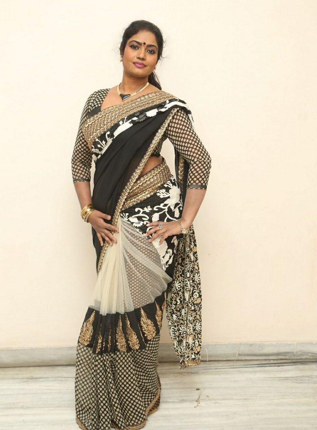 jayavani-saree-stills6